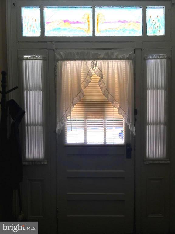 Custom Transom Over Front Door - 1614 CAROLINE ST, FREDERICKSBURG