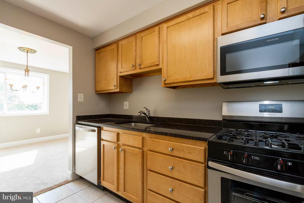 New Appliances - 750 DICKERSON ST #313, ARLINGTON