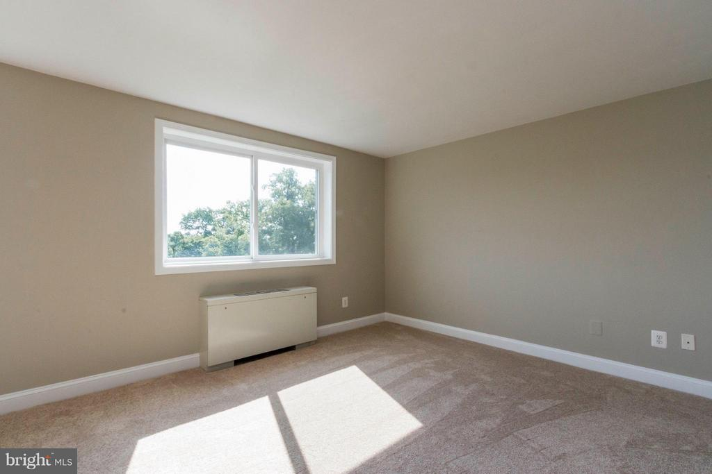 Bedroom (Master) - 750 DICKERSON ST #313, ARLINGTON