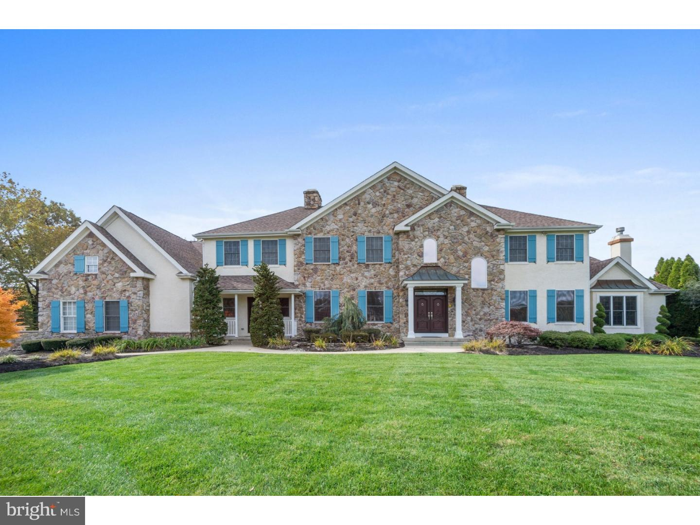 Photo of home for sale at 535 Shadowbrook Trail, Mullica Hill NJ