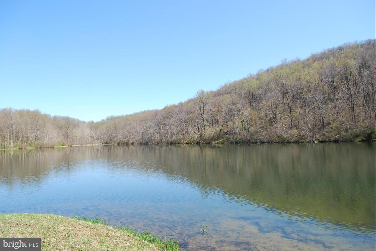 Additional photo for property listing at 12410lot 2 Cove Ln  Hume, Virginia 22639 United States