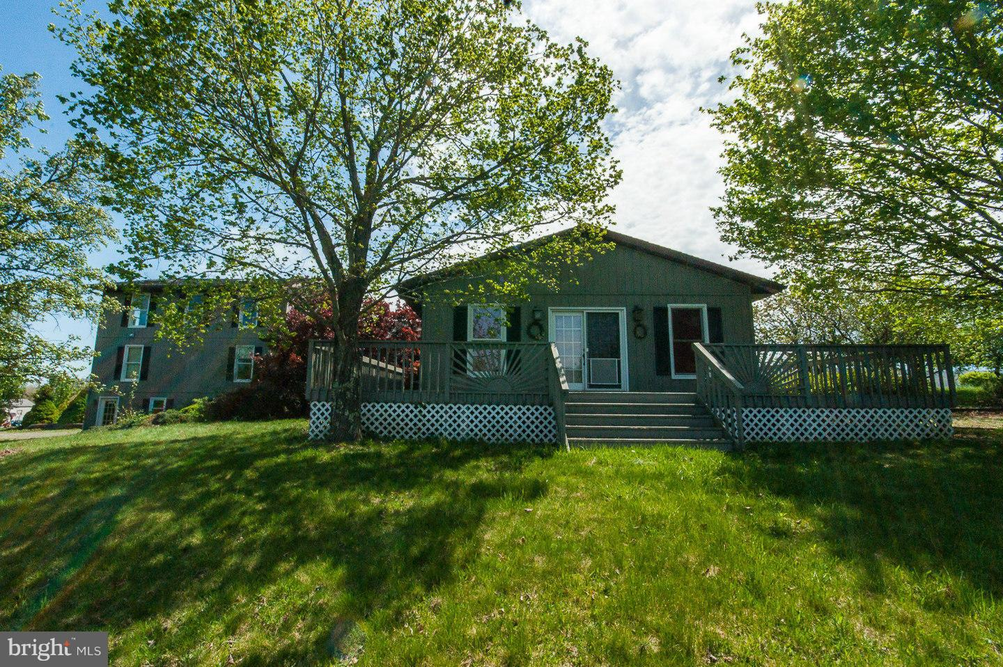 Single Family for Sale at 270 Shadow Valley Farm Lane Berkeley Springs, West Virginia 25411 United States