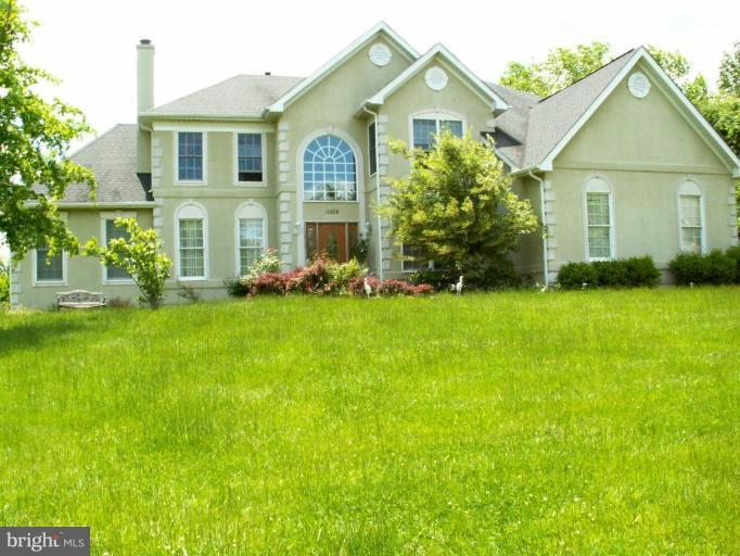 Other Residential for Rent at 10509 Dunn Meadow Rd Vienna, Virginia 22182 United States