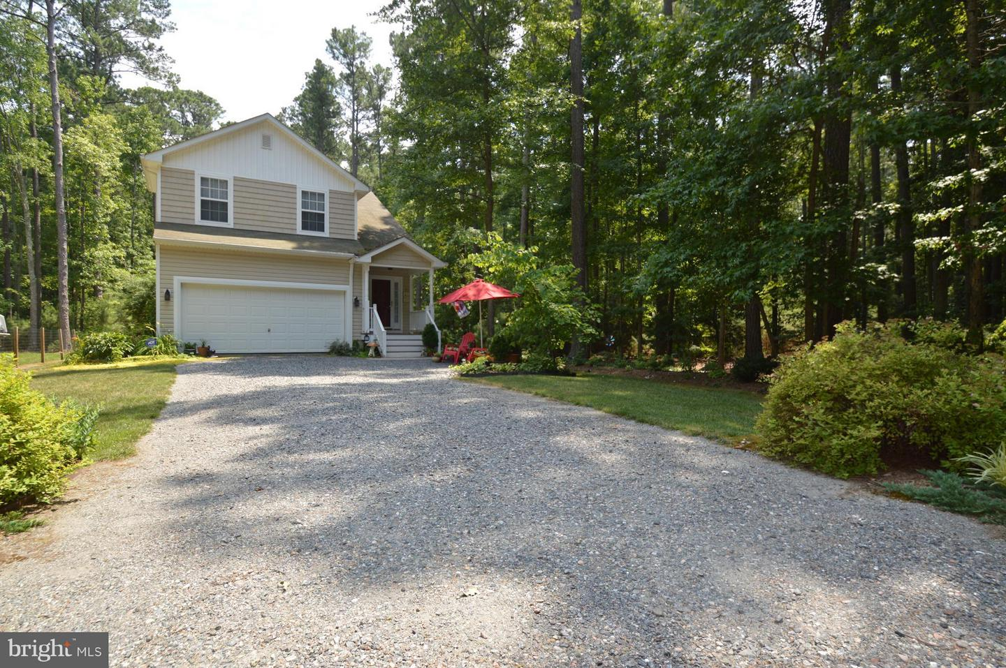 Single Family for Sale at 994 Long Point Rd Hague, Virginia 22469 United States