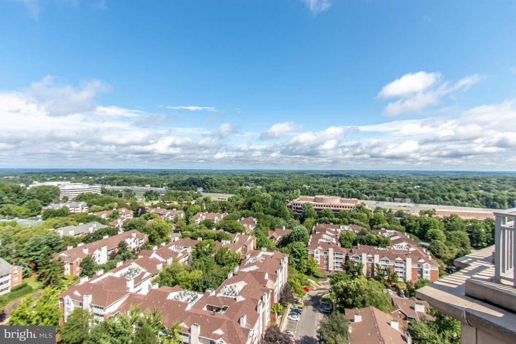 View - 8220 CRESTWOOD HEIGHTS DR #1209, MCLEAN