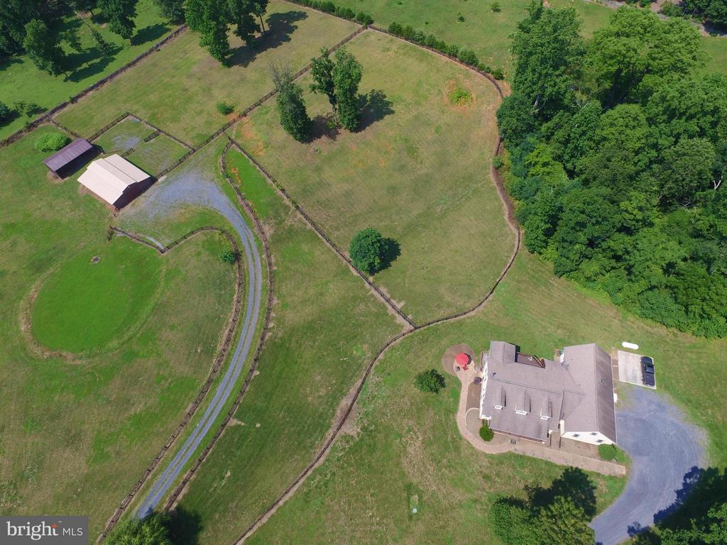 Overhead Farm View - 41 OLD BROWNTOWN LN, HUNTLY