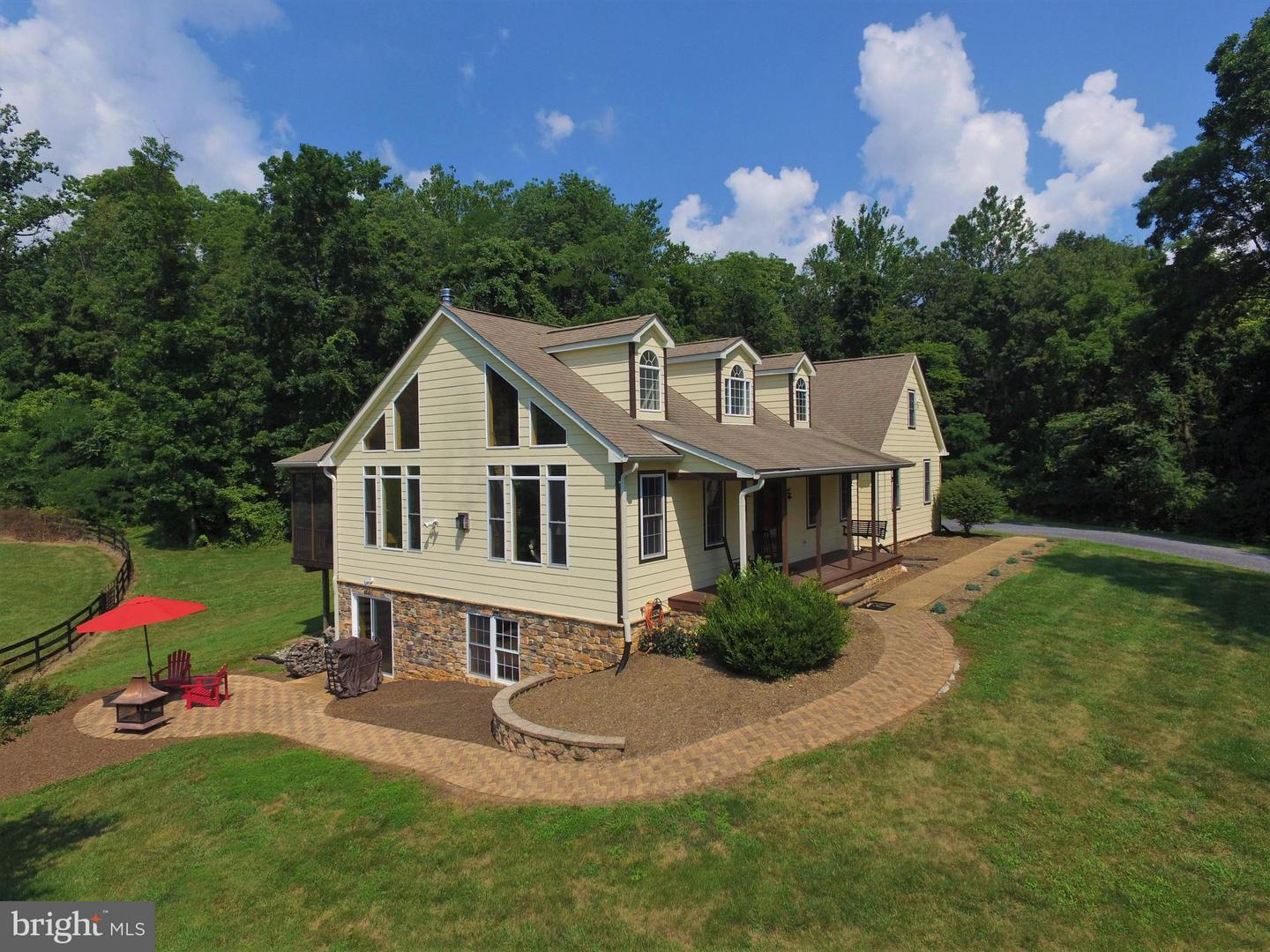Single Family for Sale at 41 Old Browntown Ln Huntly, Virginia 22640 United States