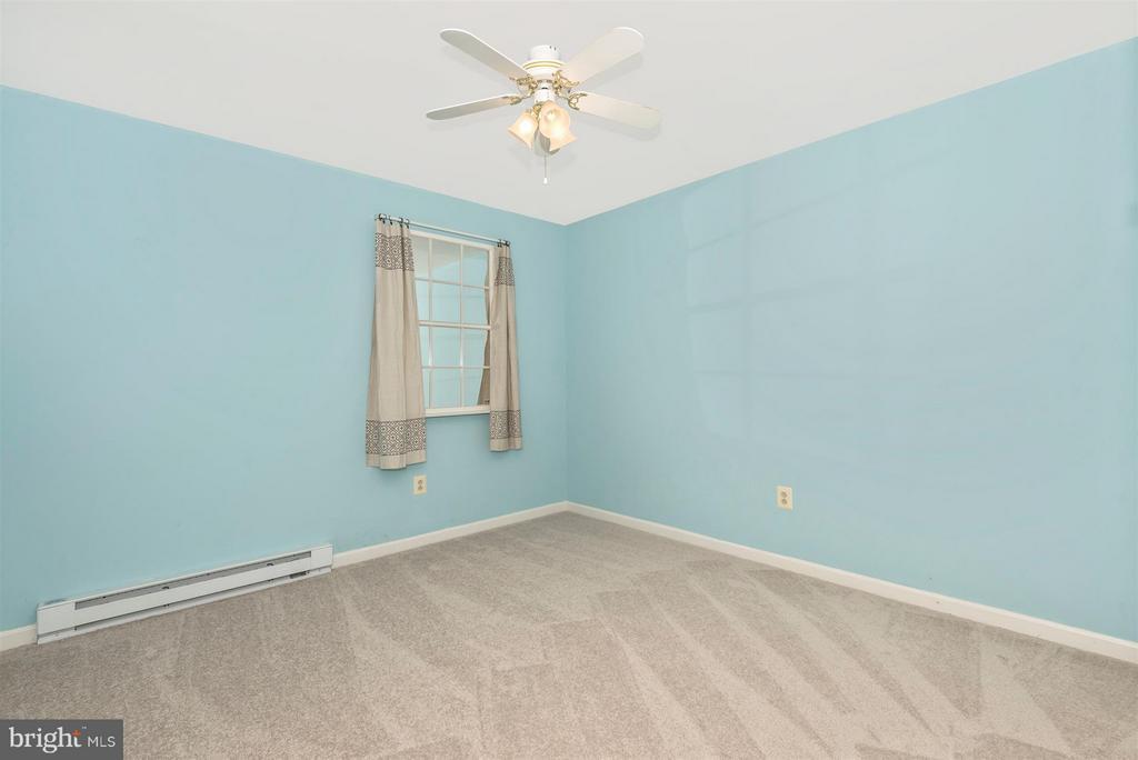 Lower level bedroom 4 - 12492 HOWARD LODGE DR, SYKESVILLE