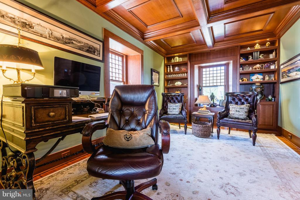 Office with coffered wood ceiling and built-ins. - 18490 BLUERIDGE MOUNTAIN RD, BLUEMONT