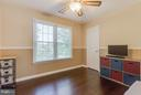 ...with lots of light! - 8808 TELEGRAPH CROSSING CT, LORTON