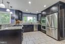 Gourmet kitchen - 8808 TELEGRAPH CROSSING CT, LORTON