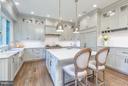 Kitchen - 9222 DELLWOOD DR, VIENNA