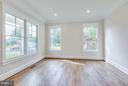 Living Room - 9222 DELLWOOD DR, VIENNA