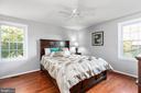 Relaxing master suite - 8813 WAXWING TER, GAITHERSBURG