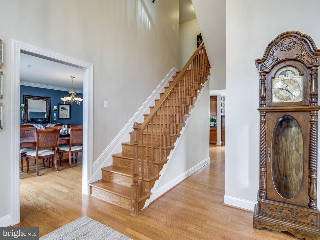 Welcoming Two Story Foyer with Hardwood Stairs - 3169 MARY ETTA LN, OAK HILL