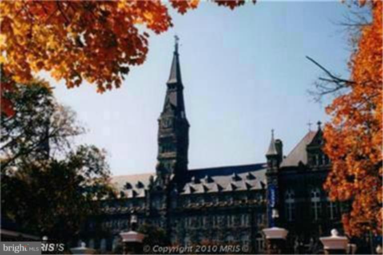 GEORGETOWN & GEORGE WASHINGTON UNIVERSITIES - 1121 ARLINGTON BLVD #646, ARLINGTON
