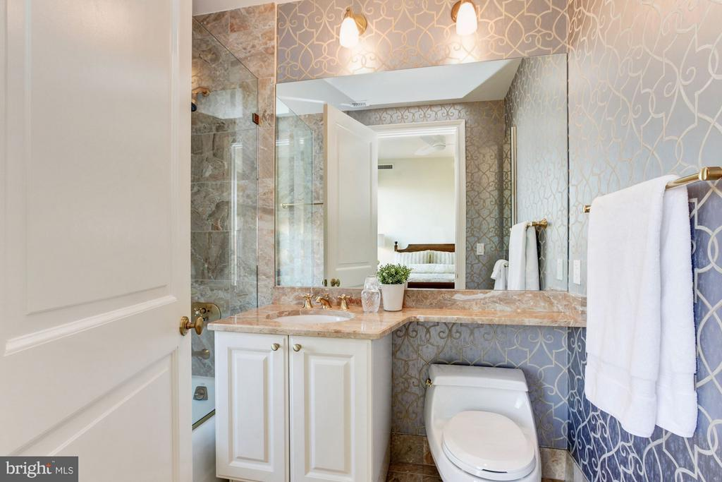 Bedroom Three's En Suite Bathroom - 3150 SOUTH ST NW #PH2D, WASHINGTON