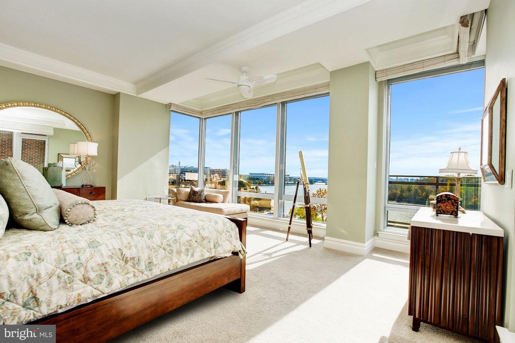 Master Bedroom with Spectacular Panoramic Views - 3150 SOUTH ST NW #PH2D, WASHINGTON