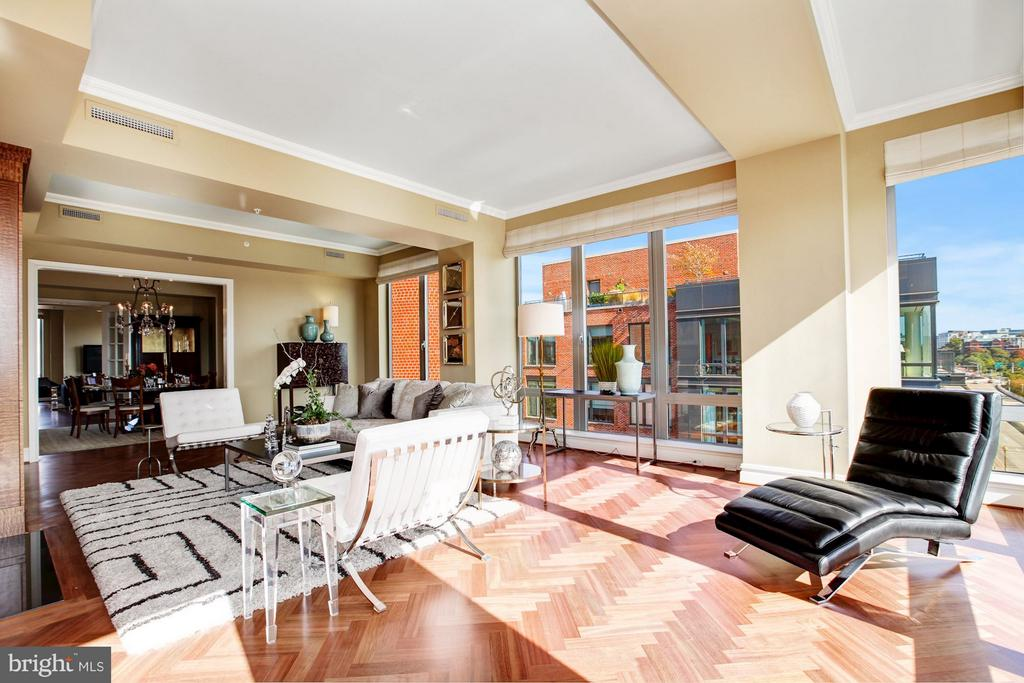 Spacious & Light-Filled Living Room - 3150 SOUTH ST NW #PH2D, WASHINGTON