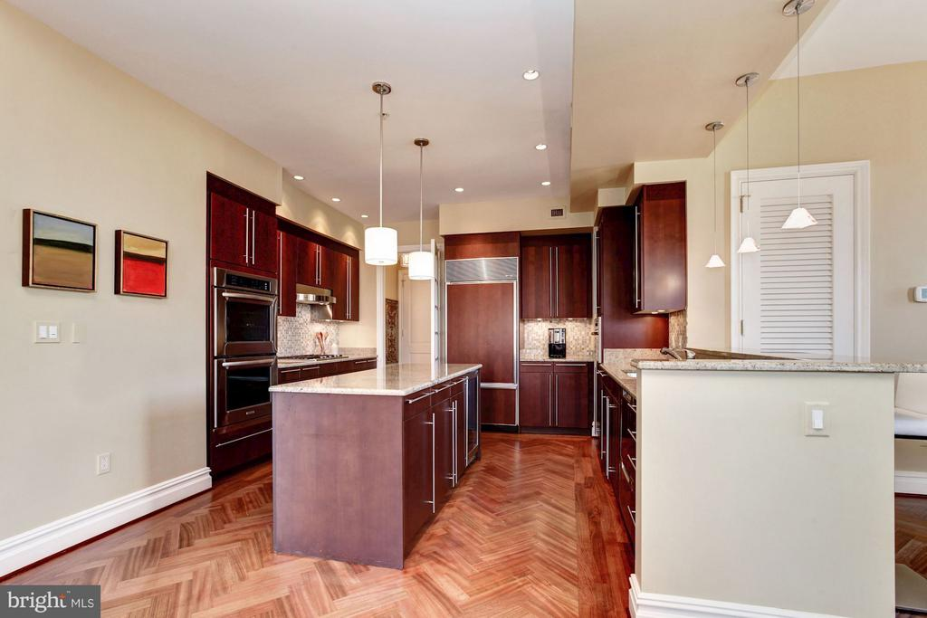 Gourmet Kitchen with Poggenpohl Cabinetry - 3150 SOUTH ST NW #PH2D, WASHINGTON