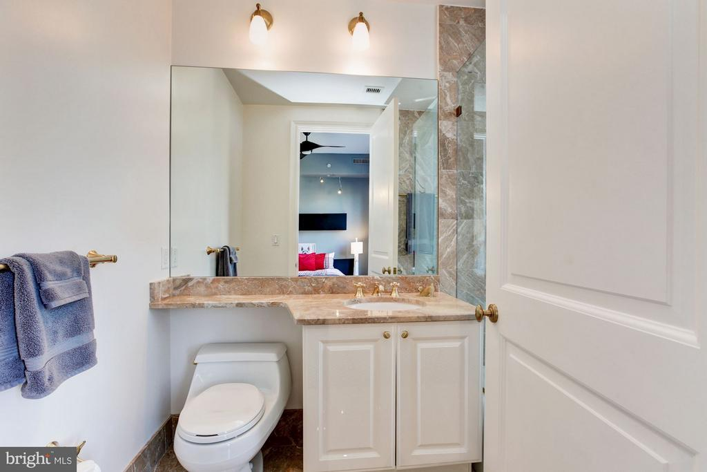 Bedroom Four's En Suite Bathroom - 3150 SOUTH ST NW #PH2D, WASHINGTON