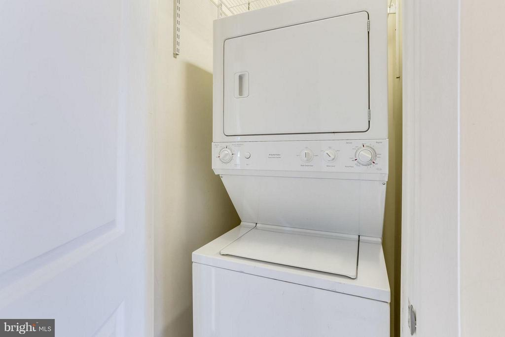 Washer and Dryer on same floor as Master Bedroom - 2125 14TH ST NW #311W, WASHINGTON