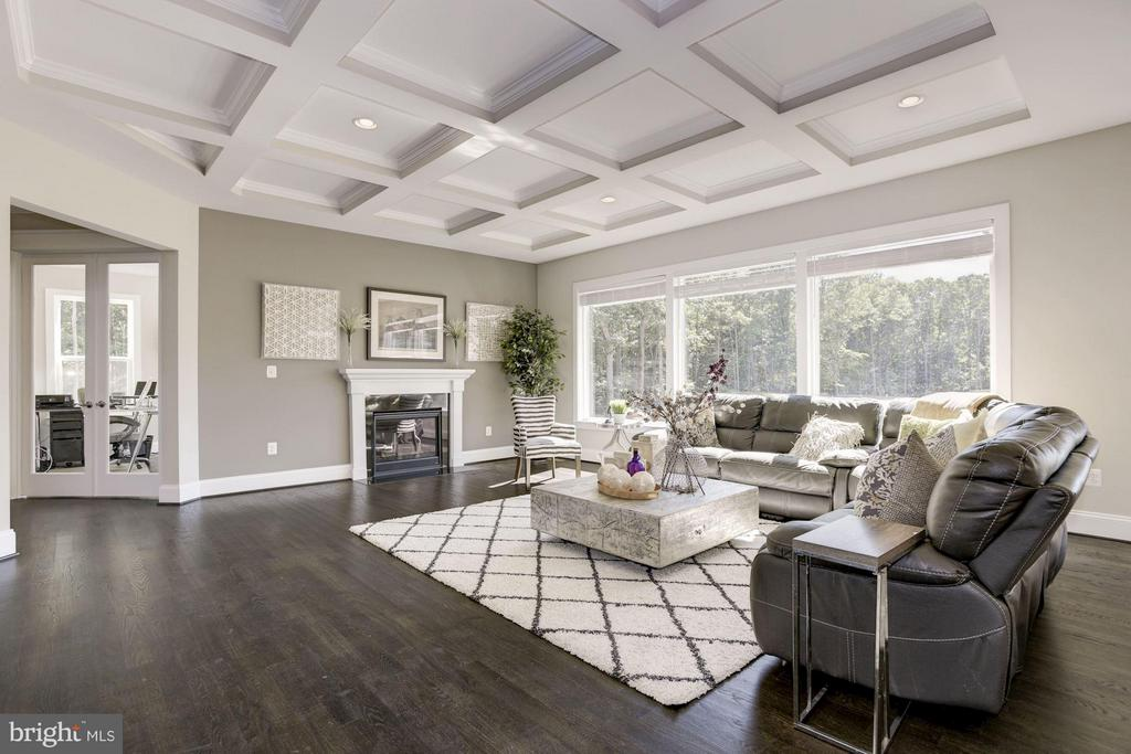 Gorgeous windows take in the views - 5694 COLCHESTER RD, CLIFTON