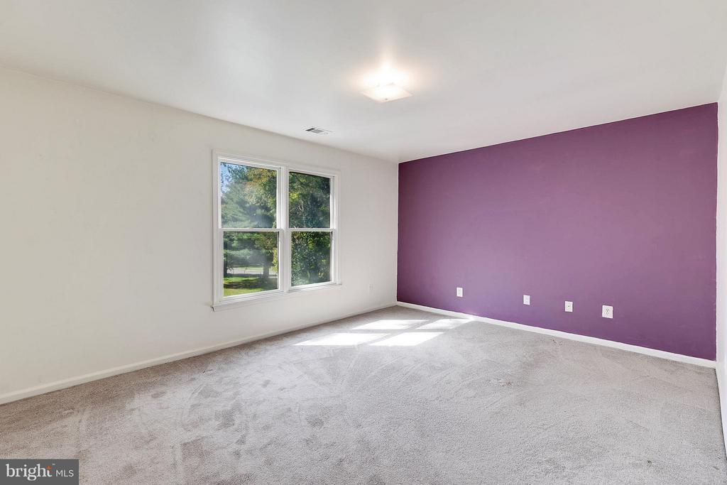 Bedroom 8 - 1341 GORDON LN, MCLEAN