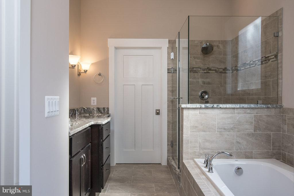 Sumptuous Owners Bath - 10918 COBBLE RUN, SPOTSYLVANIA