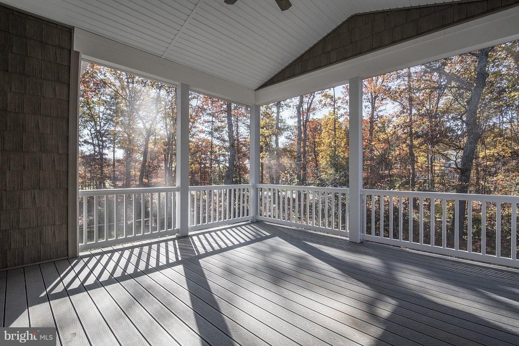 Screen Porch with Cathedral Ceiling - 10918 COBBLE RUN, SPOTSYLVANIA