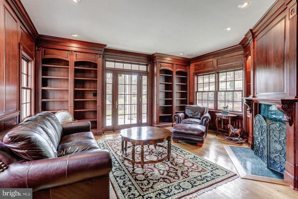 Library with Warm Cherry Builtin Bookcases - 12717 HARPERS FERRY RD, PURCELLVILLE
