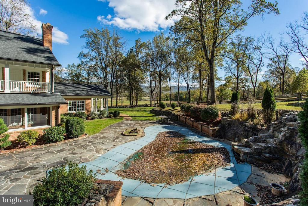 Pool with Rock Wall and Falls - 12717 HARPERS FERRY RD, PURCELLVILLE