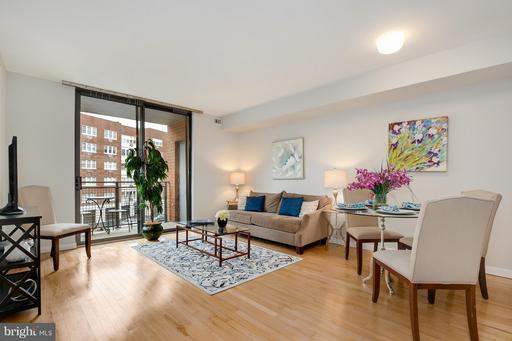 3883 CONNECTICUT AVE NW #304