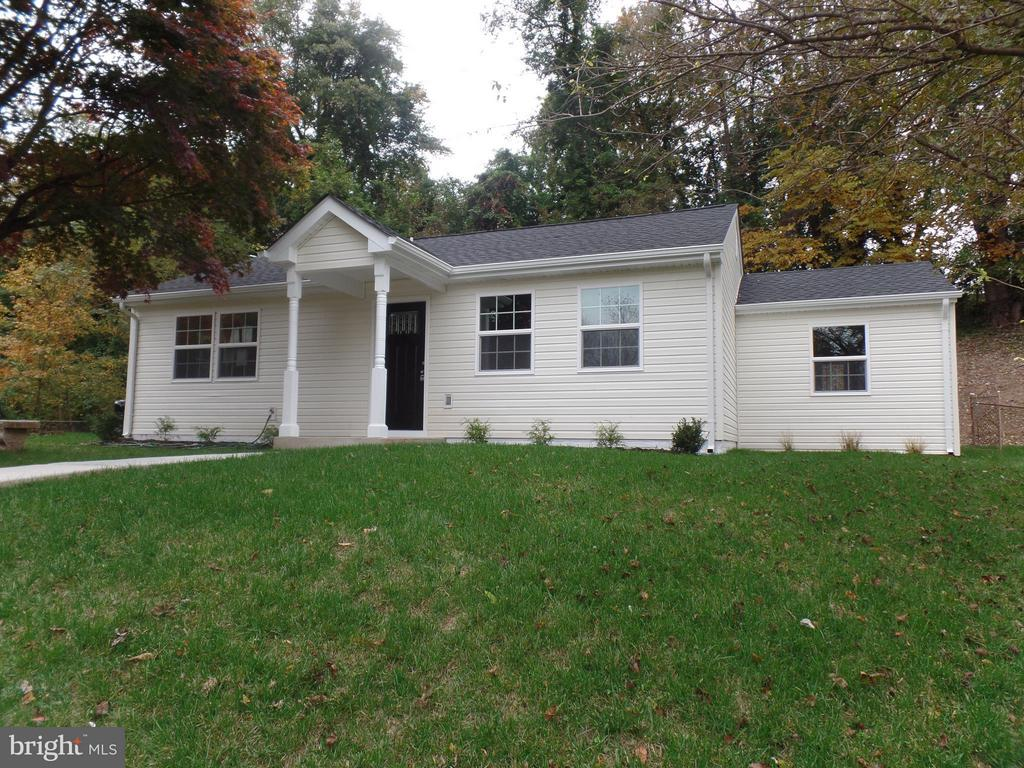 MLS FX10378111 in VIRGINIA HILLS