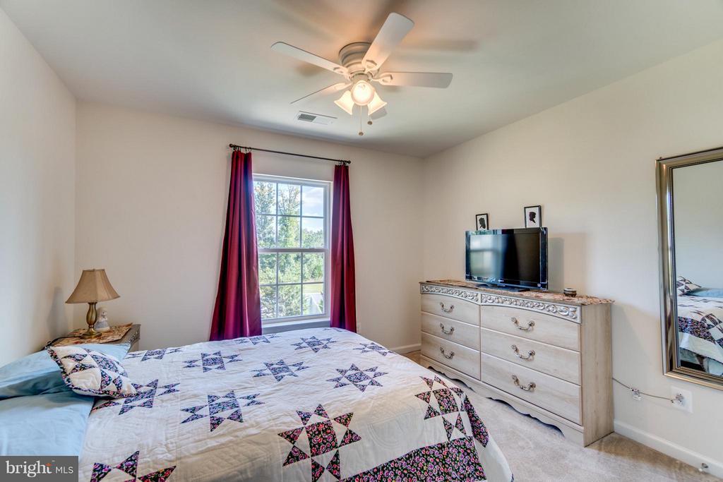 Bedroom 3 with Ceiling Fan - 1005 JULIAS PL, FREDERICKSBURG