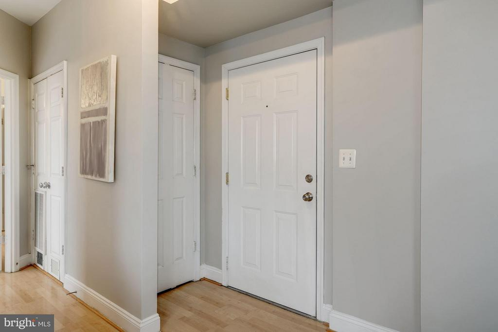 Entryway and Coat Closet - 330 RHODE ISLAND AVE NE #307, WASHINGTON