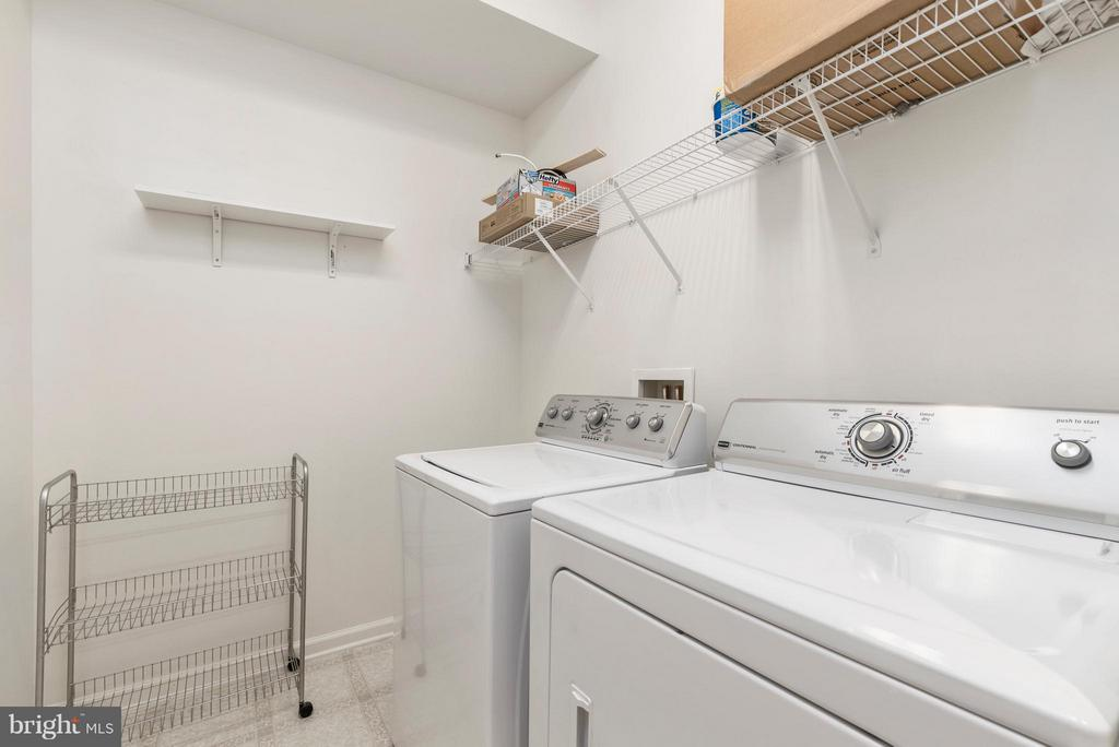 Laundry on the Kitchen Level - 43 LEGEND DR, FREDERICKSBURG