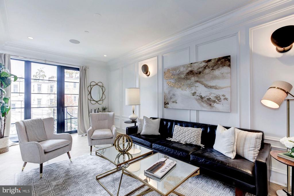 Main Level - Living Room - 1309 R ST NW #2, WASHINGTON