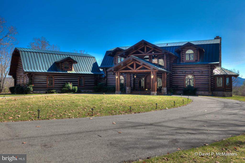 Exterior (Front) - 610 PIN OAK RD, PAW PAW