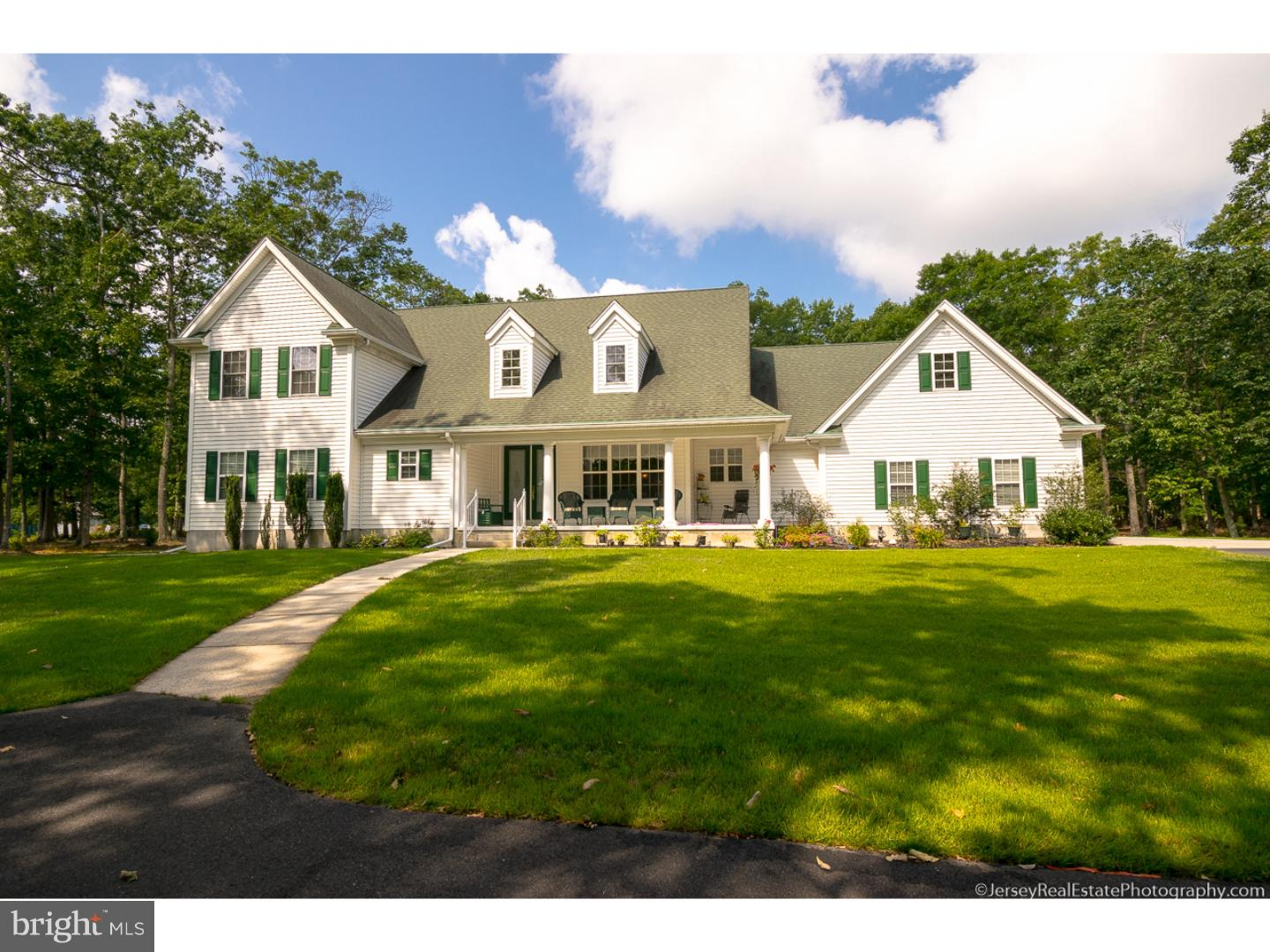 Single Family Home for Sale at 204 TUCKAHOE Road Estell Manor, New Jersey 08319 United States