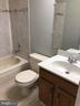 Upper Level Bath - 9 BURNS RD, STAFFORD