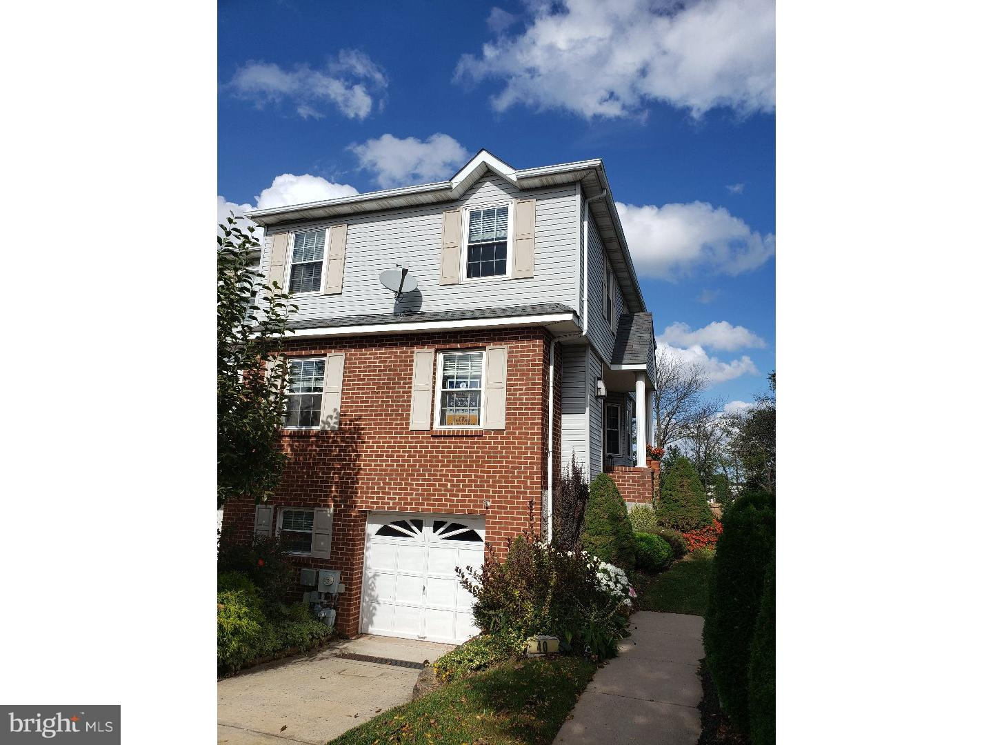 Photo of home for sale at 40 Cedar Court, Royersford PA