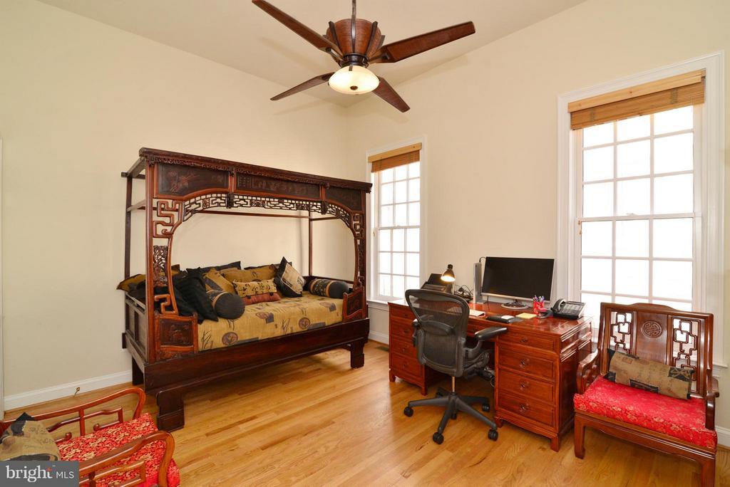Bedroom 2 - 1412 N MEADE ST, ARLINGTON