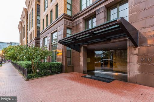 910 M ST NW #111