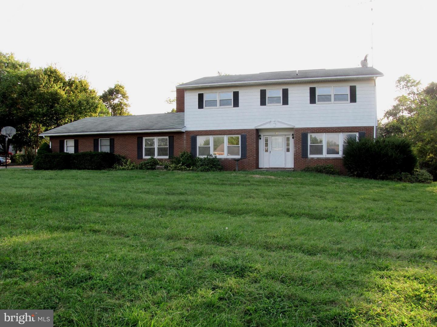 Single Family for Sale at 287 Braddock Blvd Inwood, West Virginia 25428 United States