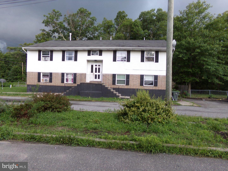 Quadraplex vì Bán tại 123 EARL Avenue Glassboro, New Jersey 08028 Hoa Kỳ