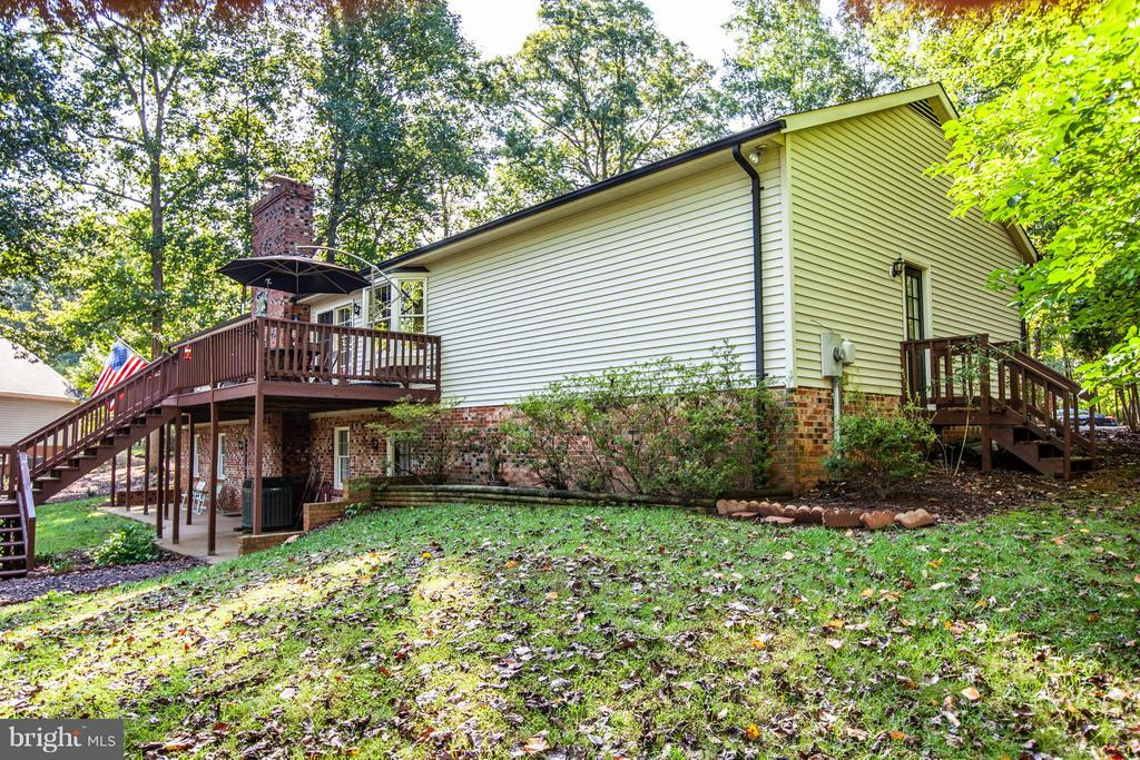 Very well maintained. - 303 GOLD VALLEY RD, LOCUST GROVE