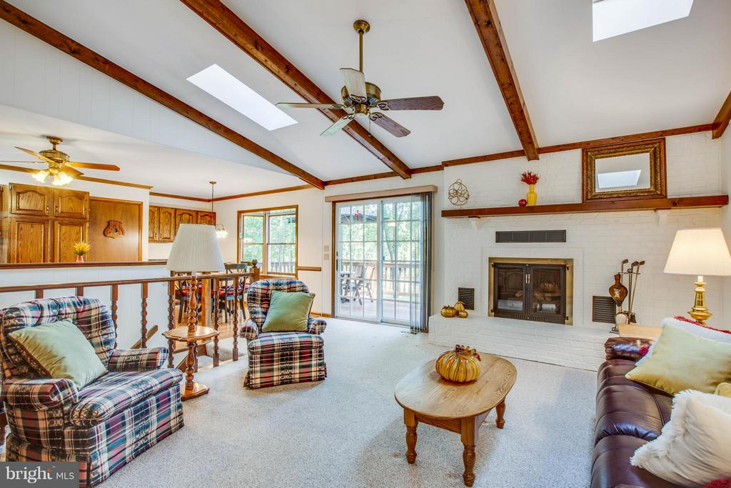 Gas fireplace, beamed ceilings. - 303 GOLD VALLEY RD, LOCUST GROVE