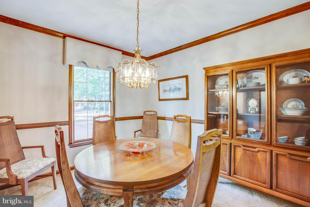 Dining Room large enough for hutch! - 303 GOLD VALLEY RD, LOCUST GROVE