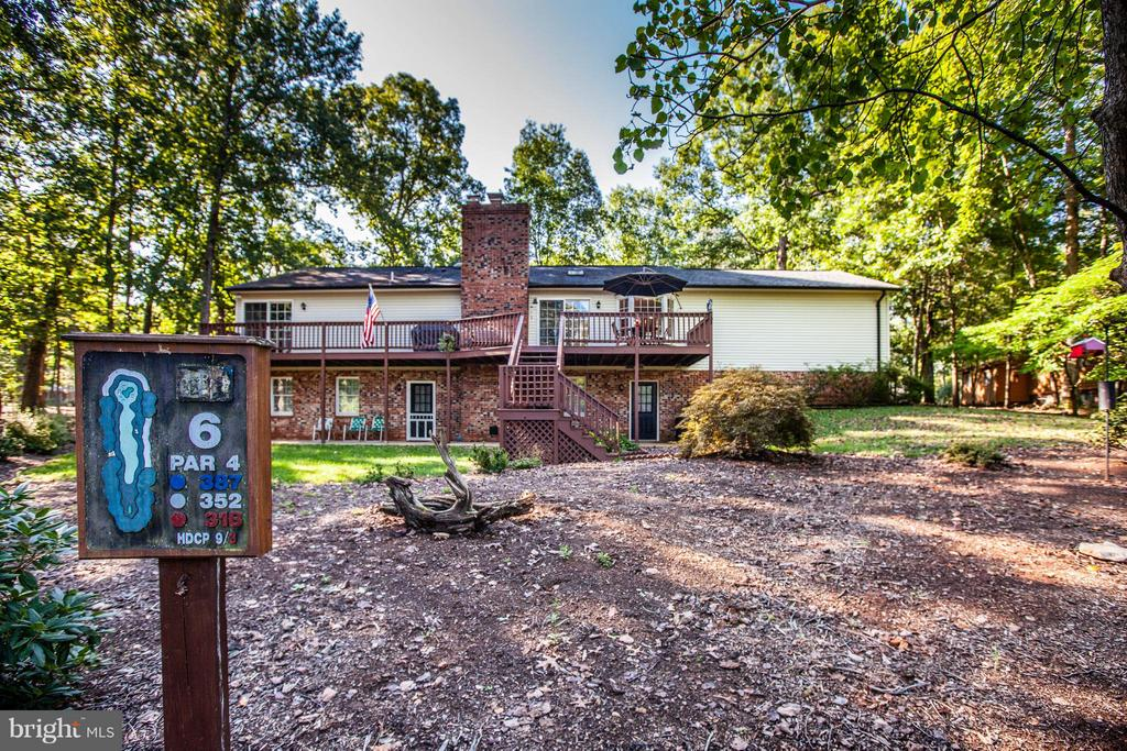 Well off of the golf course! - 303 GOLD VALLEY RD, LOCUST GROVE